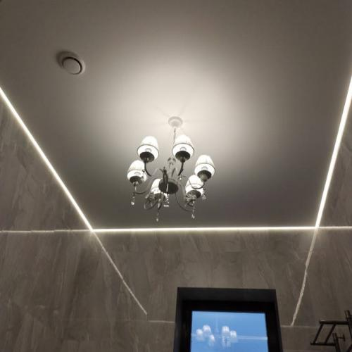 Парящий натяжной потолок